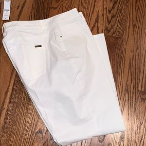 White House black market white jeggings